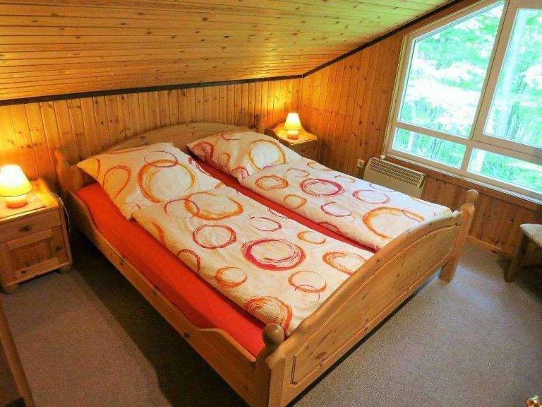 Schlafzimmer Haus Mara im OG
