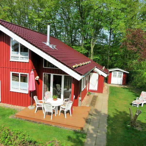 Ferienhaus Mia mit Gartenhaus